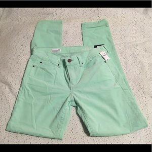 NWT Gap Pastel Green Skinny Cords, Size 27r